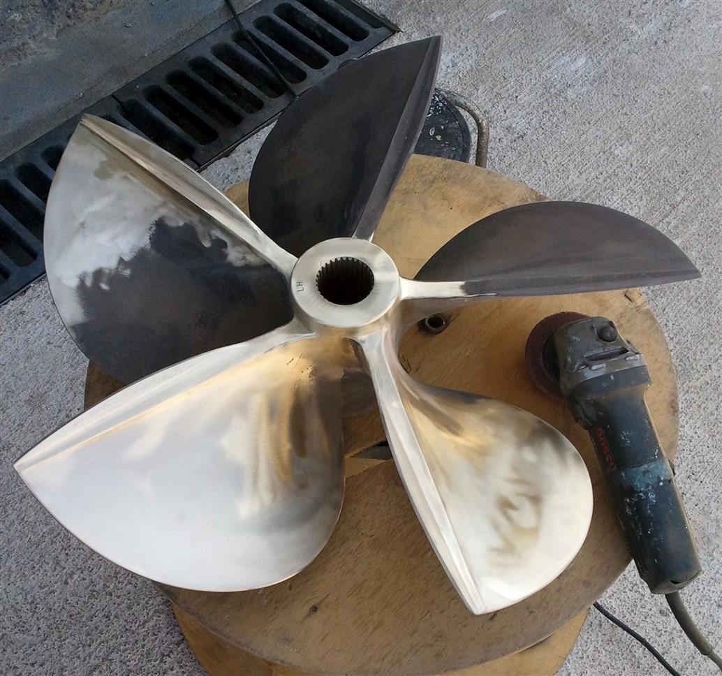 ayvalik-tekne-motor-tamir-bakim (1)